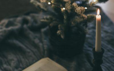 7 Verses to Dwell on This Season